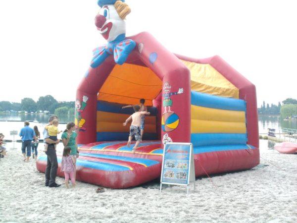 Hüpfburg Clown mieten MSE-Connection